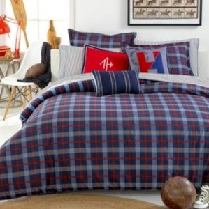 Tommy Hilfiger Boston Plaid Comforter Set - F/Q
